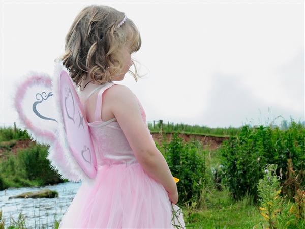 tdy-120920-moms-little-girls.photoblog600