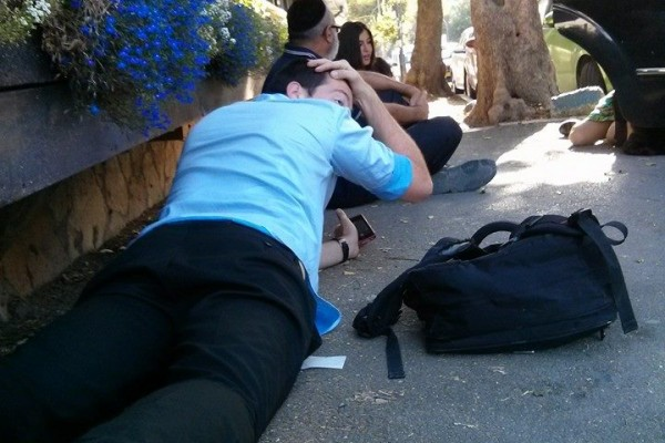 WHAT HAPPENS IN ISRAEL WHEN THE SIRENS GO OFF